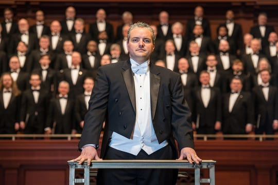 "Director Tucker Biddlecombe and the Nashville Symphony Chorus will perform Handel's ""Messiah"""