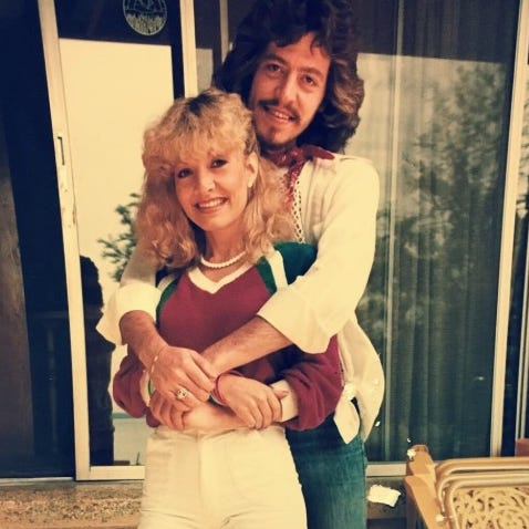 Dolly Parton: Singer's younger songwriter brother Floyd dead at 61