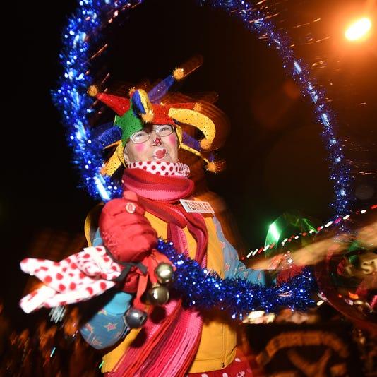 001-Home For The Holidays Parade