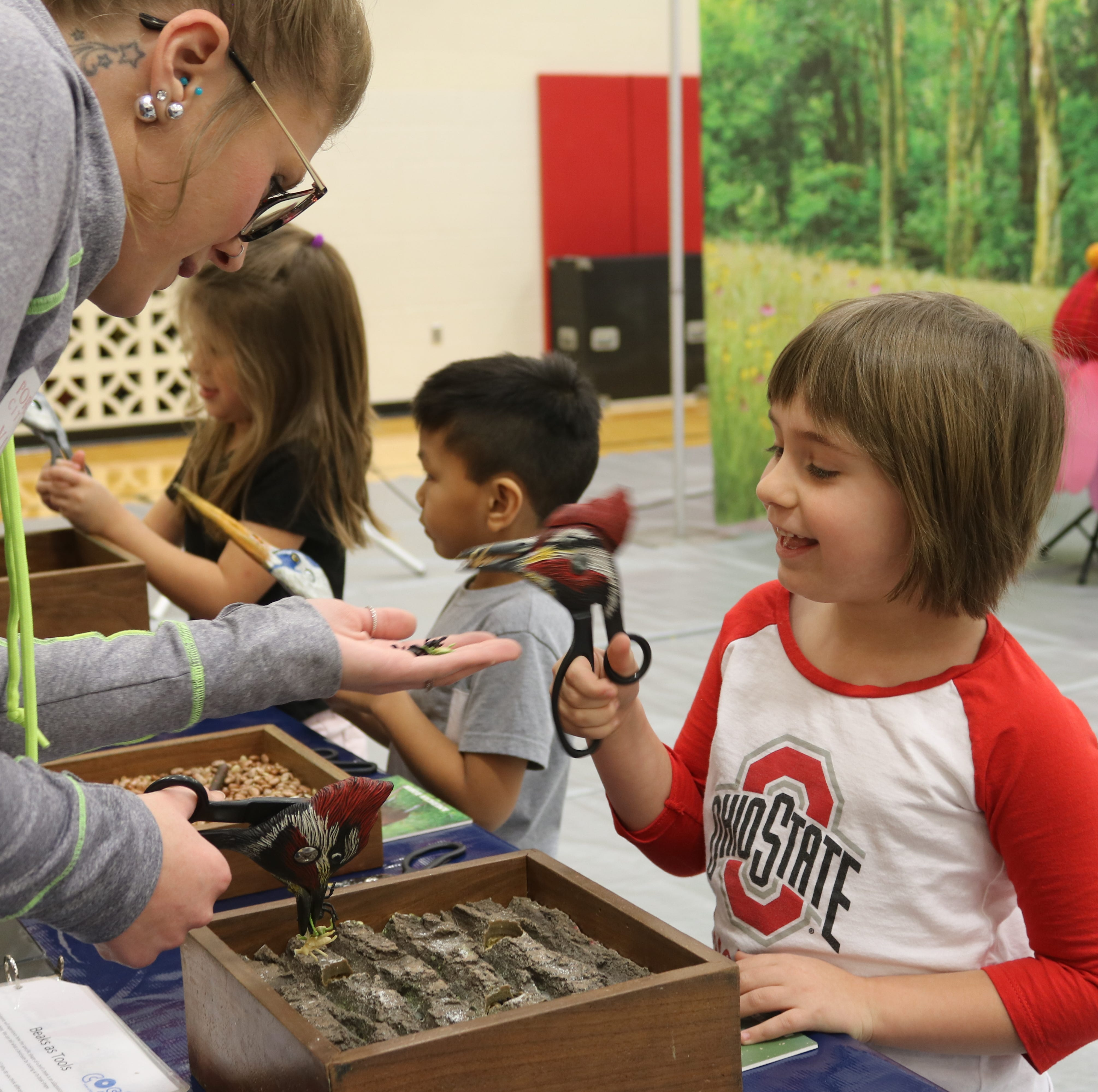 Kids explore ecology at COSI on Wheels program