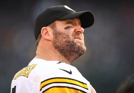 Pittsburgh Steelers quarterback Ben Roethlisberger (7) stands on the sideline during the second half of an NFL football game against the Oakland Raiders in Oakland, Calif., Sunday, Dec. 9, 2018. (AP Photo/Ben Margot)