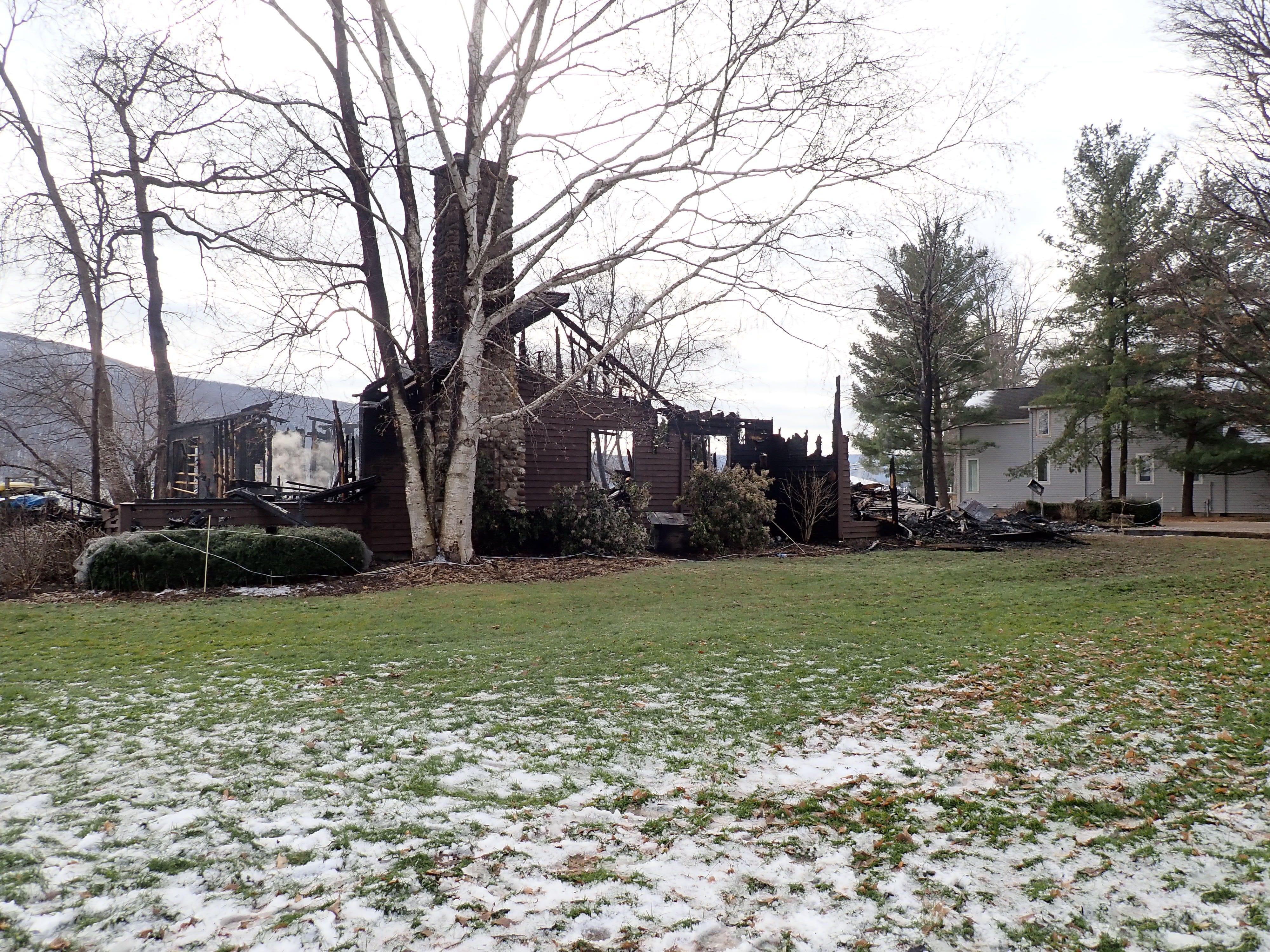 1 5 Million Canandaigua Lake Home Destroyed By Fire Konitono