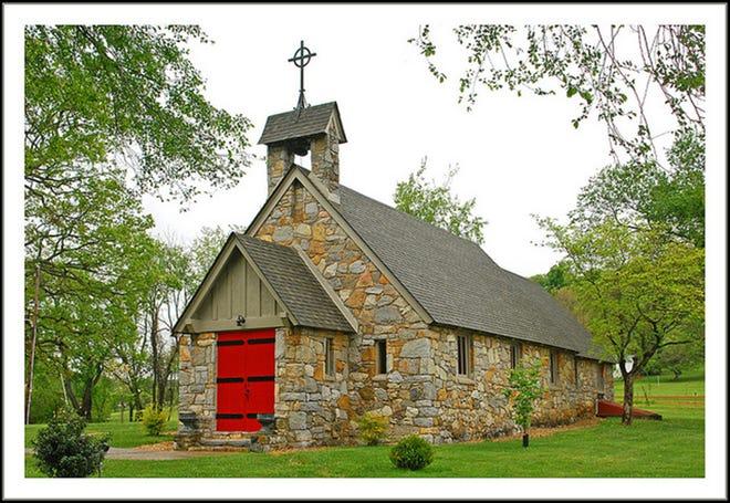 Good Shepherd Episcopal church, looking south.