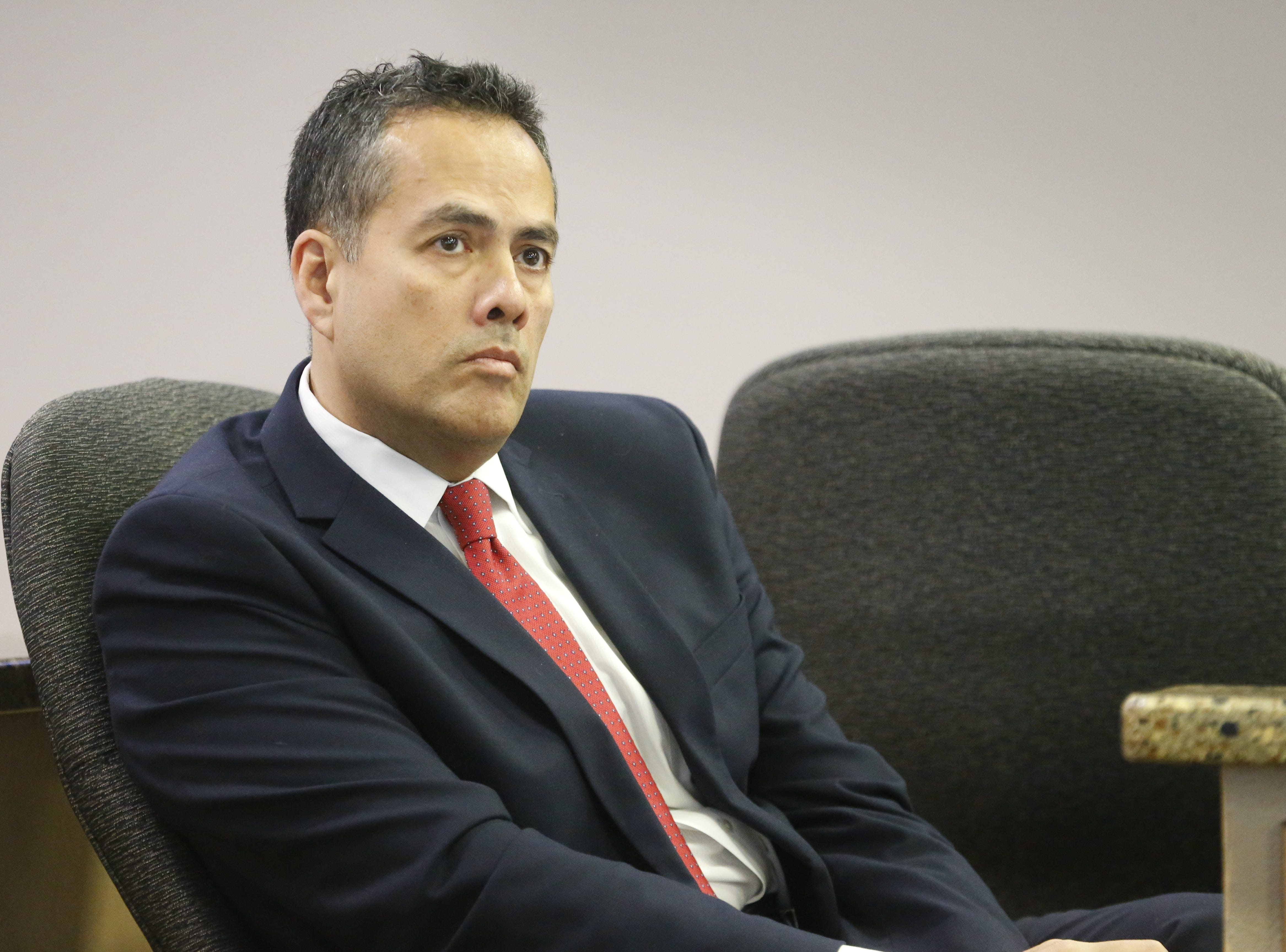 El Paso City Council approves employee contracts for city manager, city attorney