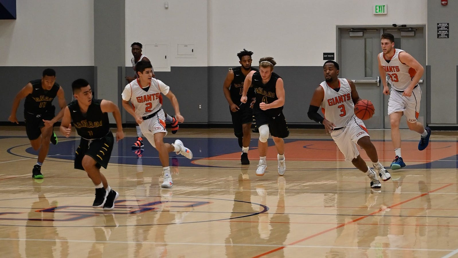 College of the Sequoias men's basketball player Keshawn Gibbs (3) dribbles the ball against Canada College on Saturday in a non-conference game at Porter Field House.