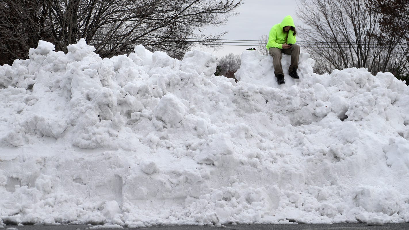 Storm: Virginia, North Carolina hit by snow, frigid temperatures
