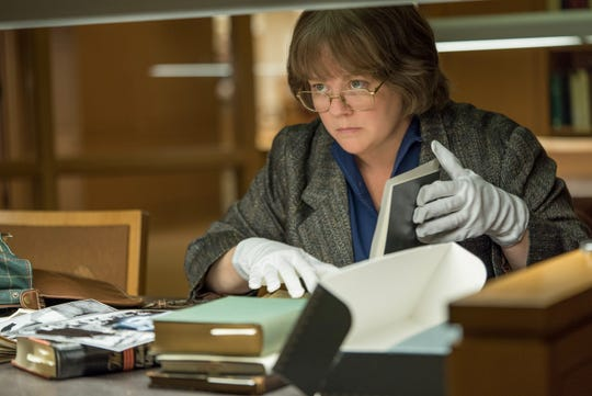 "Melissa McCarthy in ""Can You Ever Forgive Me?"""