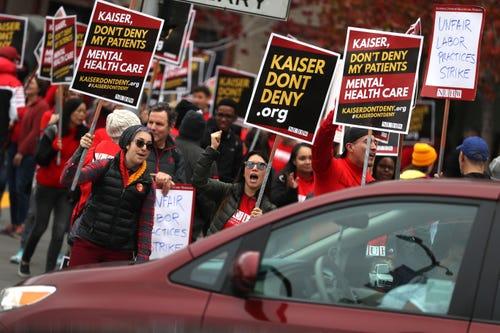 Kaiser Permanente mental health workers begin week-long strike