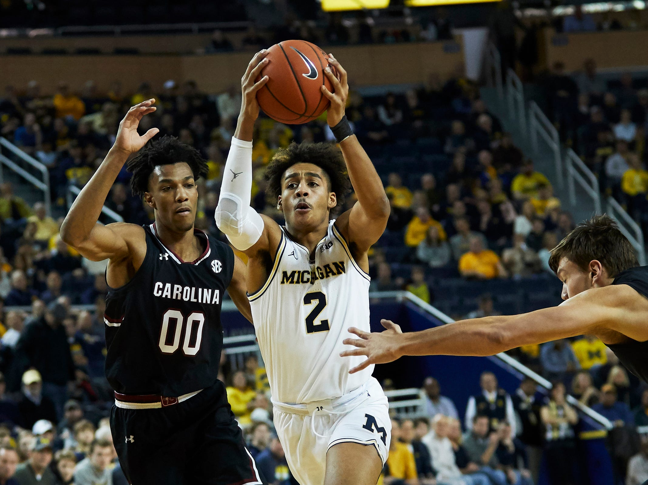 No. 1: Michigan Wolverines (10-0, 2-0). Sophomore guard Jordan Poole is averaging 13.3 points on 51.1 percent shooting from the floor and 46.9 percent shooting from distance (23-for-49).