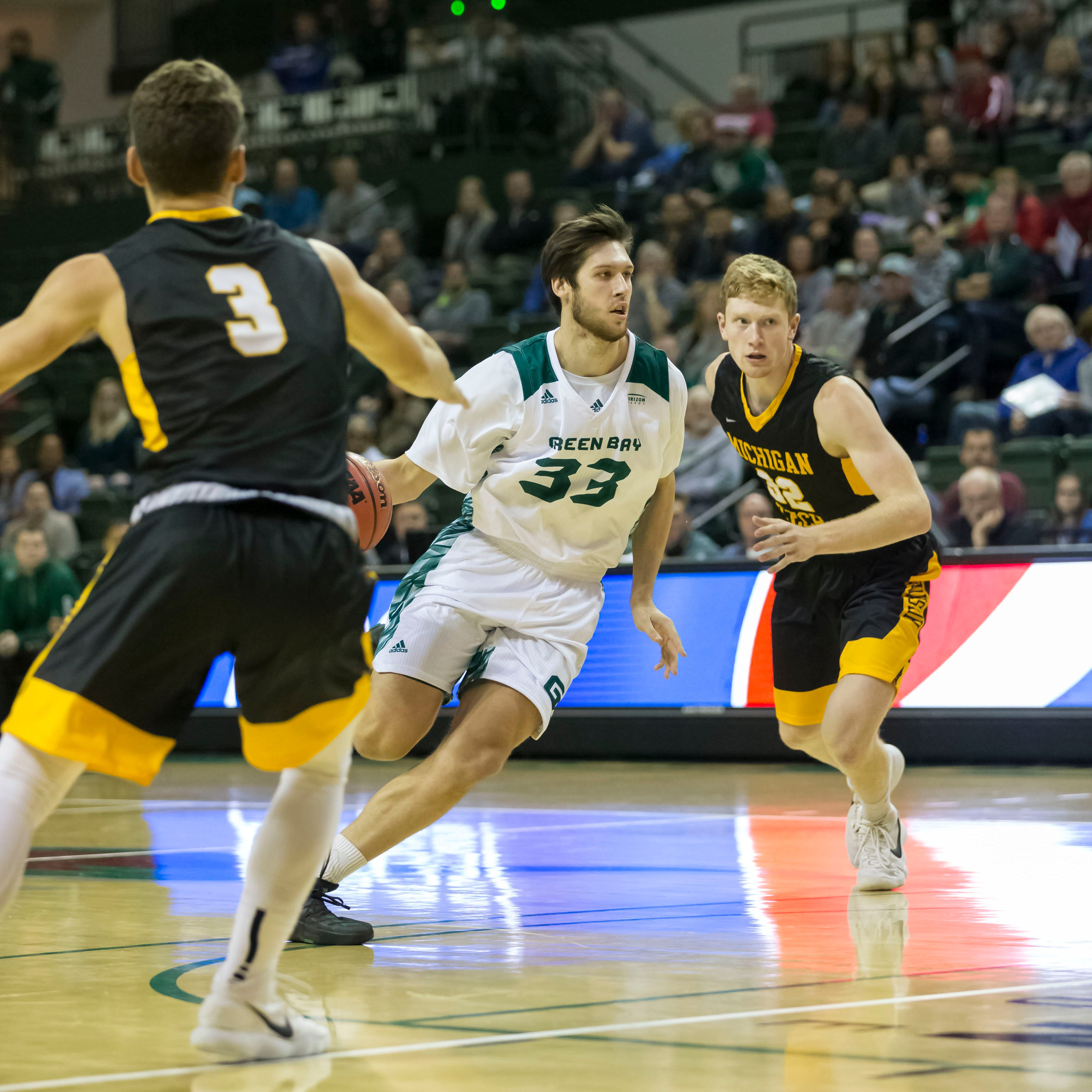 UWGB men's basketball: West De Pere's Cody Schwartz enjoying his return home