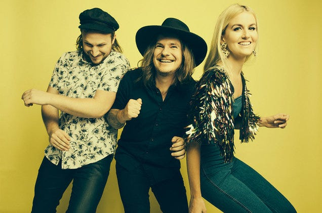 Fairground Saints will open for Sara Evans on Thursday at the Carl Perkins Civic Center at 7:30 p.m.
