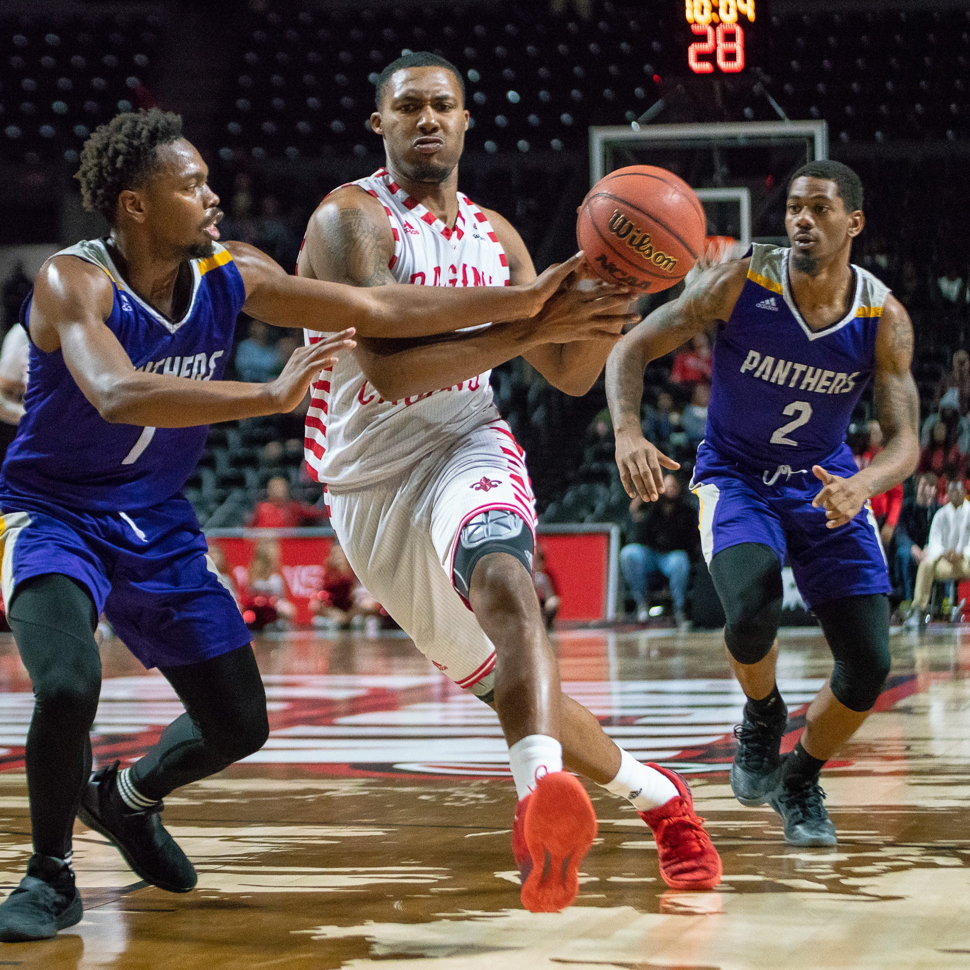 Davis, Cajuns light up scoreboard in blowout