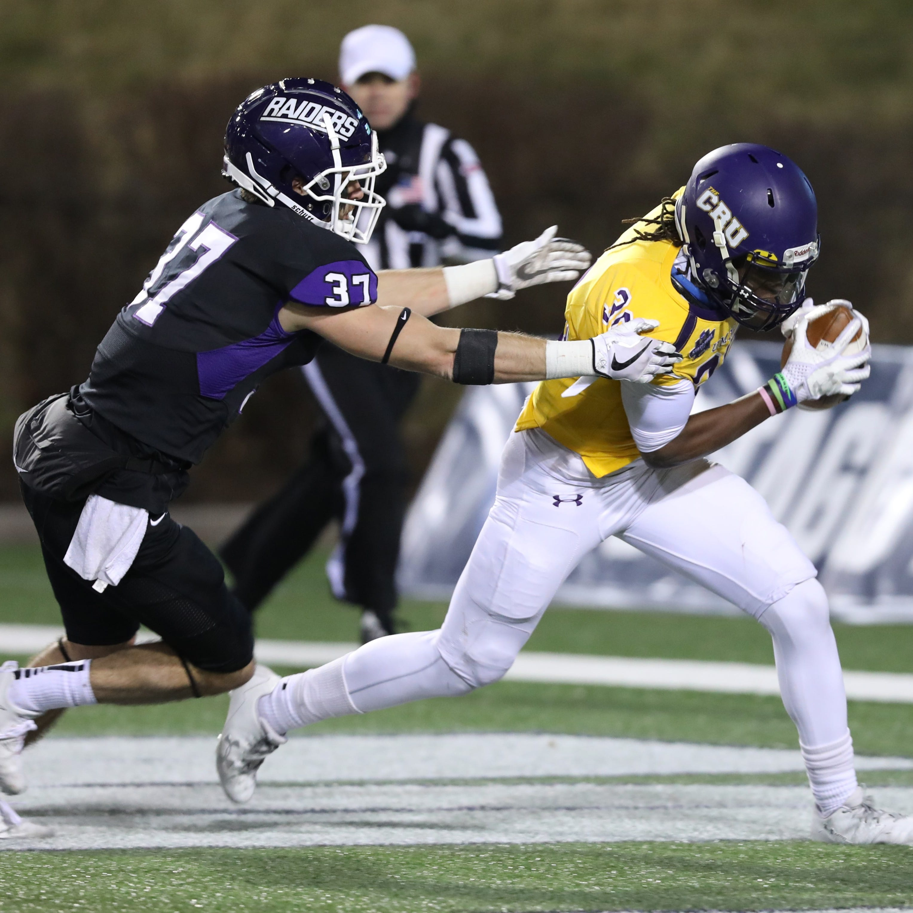 County football players at Mount Union, Ferris to play for NCAA titles