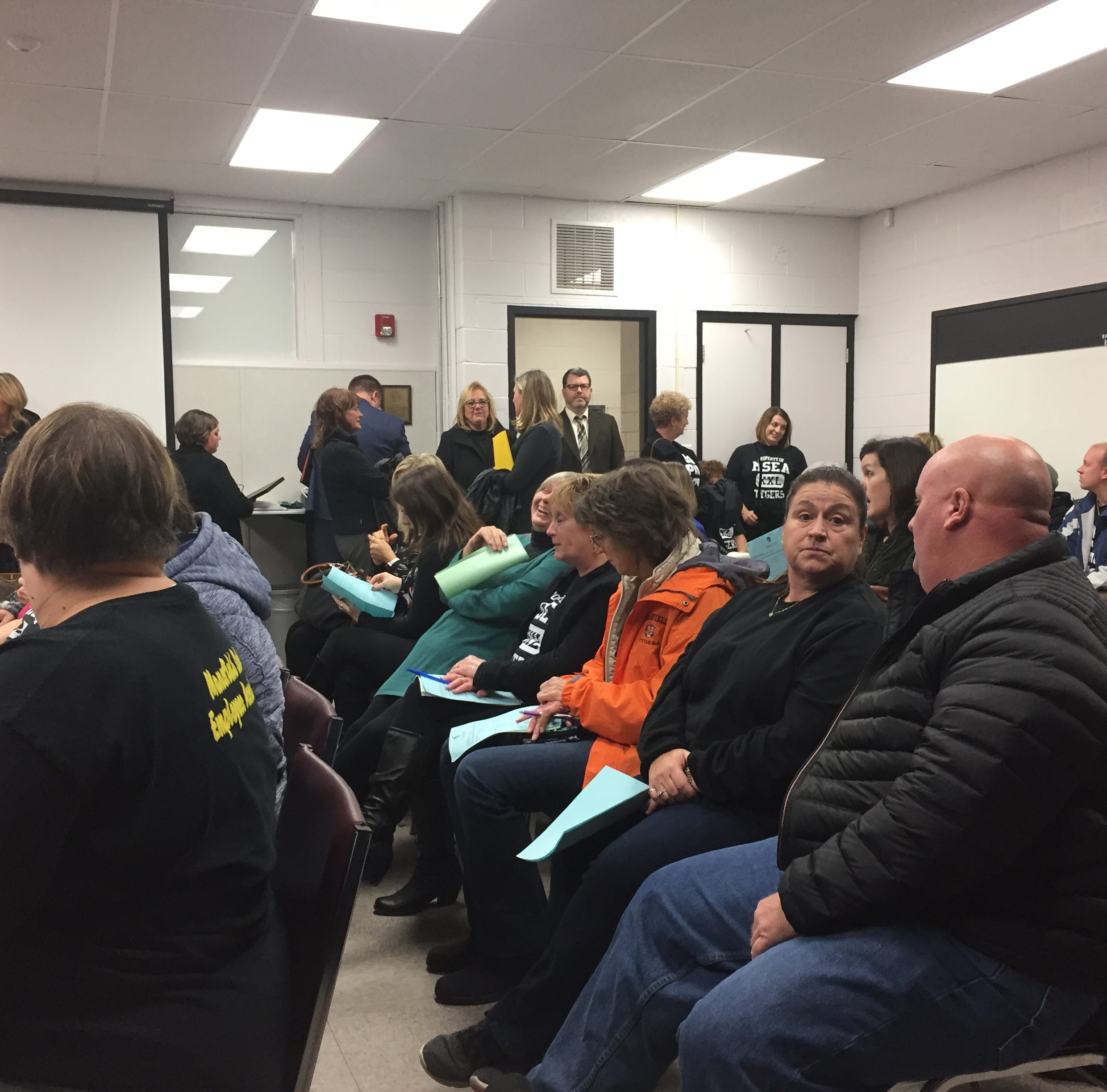 Mansfield school board approves daily pay increase for substitute teachers
