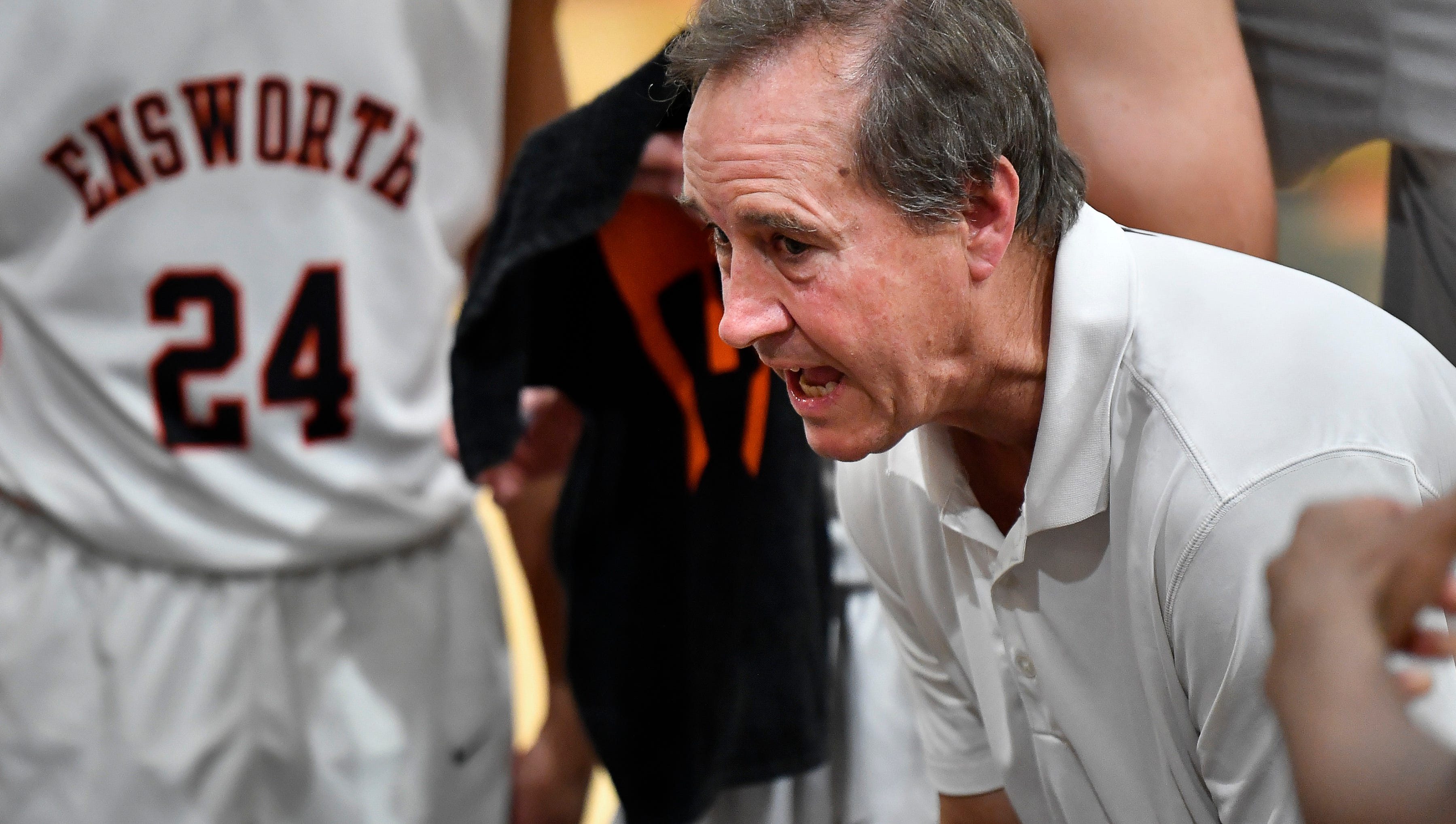 Ricky Bowers on his first football season off in ages, coaching Ensworth basketball again