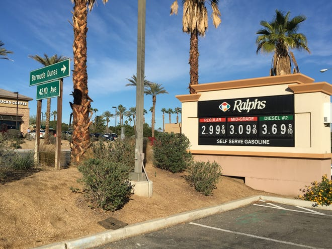 Ralphs on Washington Street in Bermuda Dunes charges $2.99 per gallon of regular unleaded fuel. Gas prices across the Coachella Valley have been dropping.