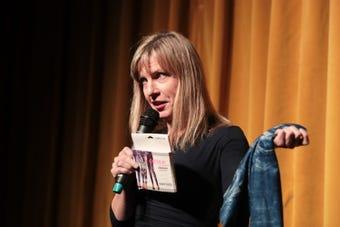 Julie Makinen speaks at Coachella Valley Storytellers Project
