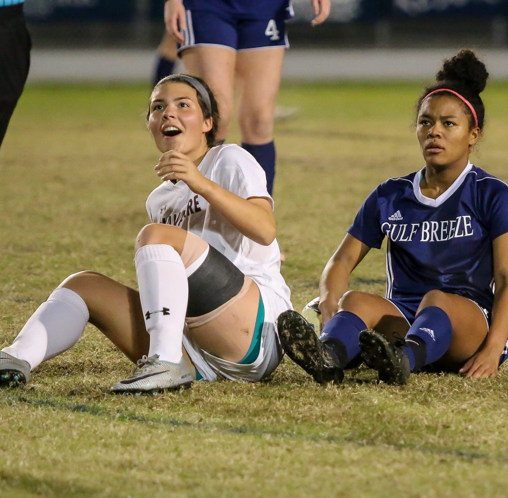 Navarre, Gulf Breeze go toe-to-toe with gutsy keepers, physical defense in draw