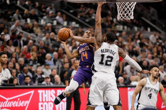 Suns rest veteran Trevor Ariza as Phoenix loses its 10th game in a row 482daf7cc