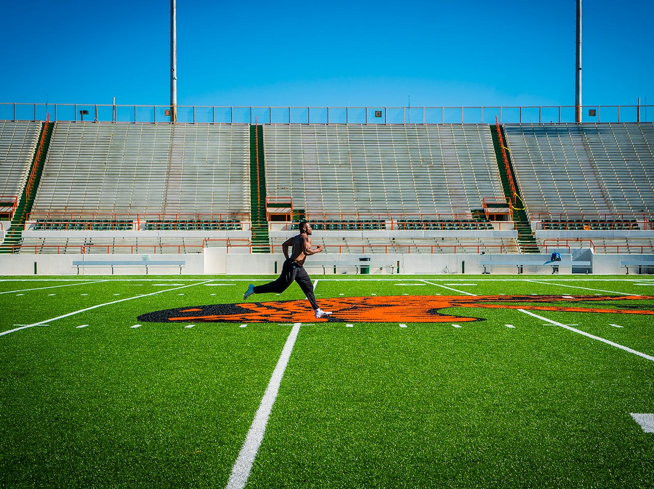 Akil Blount trains at his alma mater. The former FAMU linebacker will play with the Orlando Apollos of the AAF.