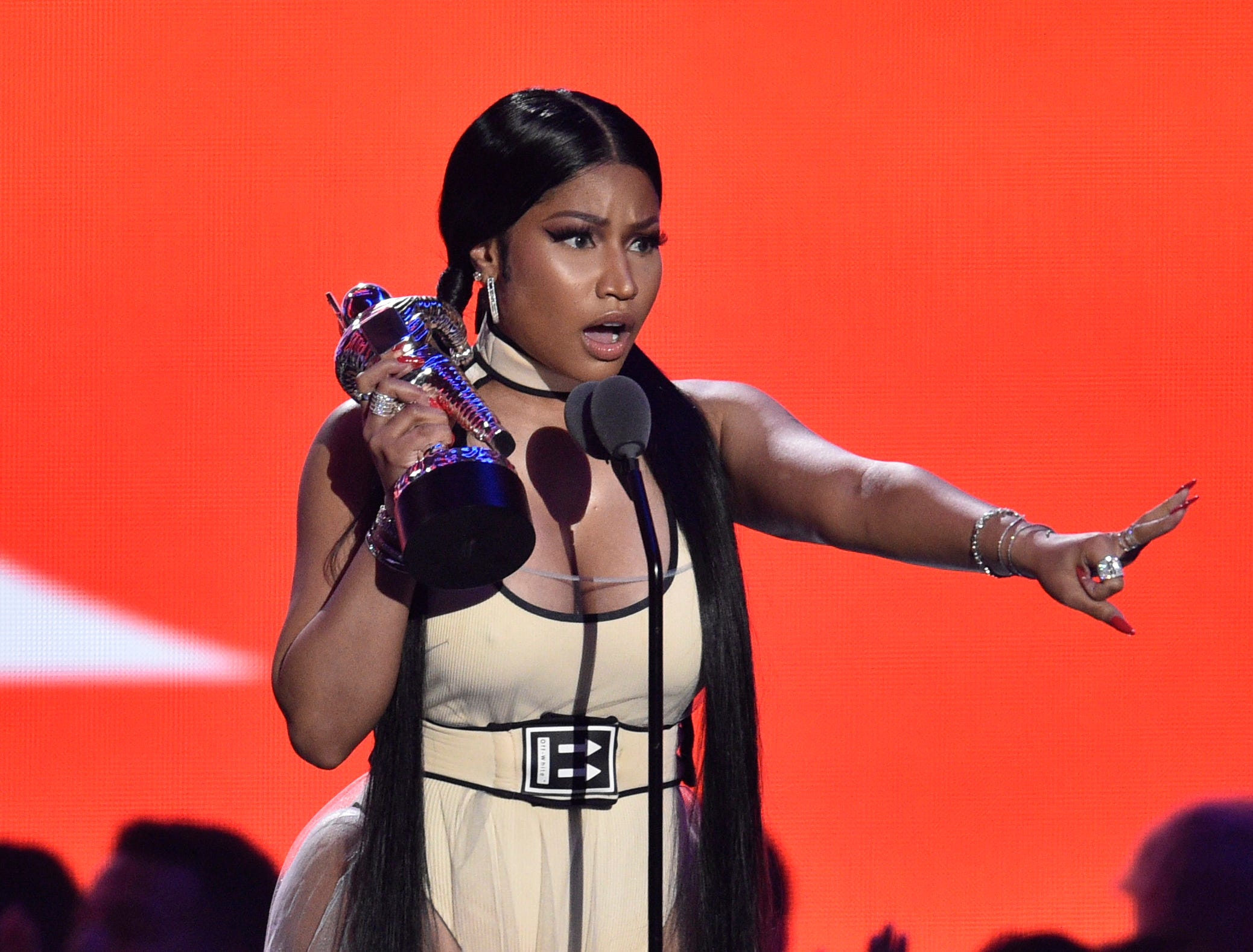 """August 20: Onstage at the VMAs, Nicki Minaj accepts the award for best hip-hop video for """"Chun-Li."""""""