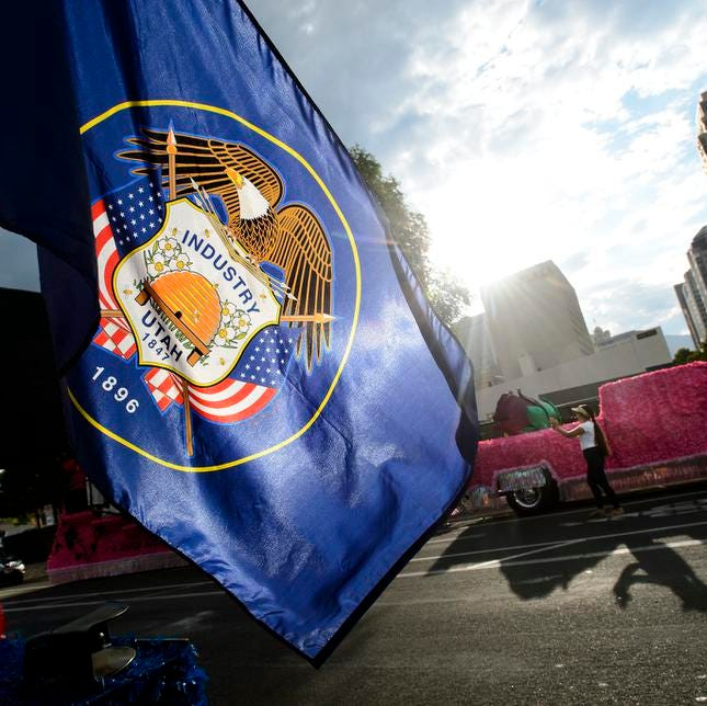Bill to establish commission for new Utah state flag moves forward