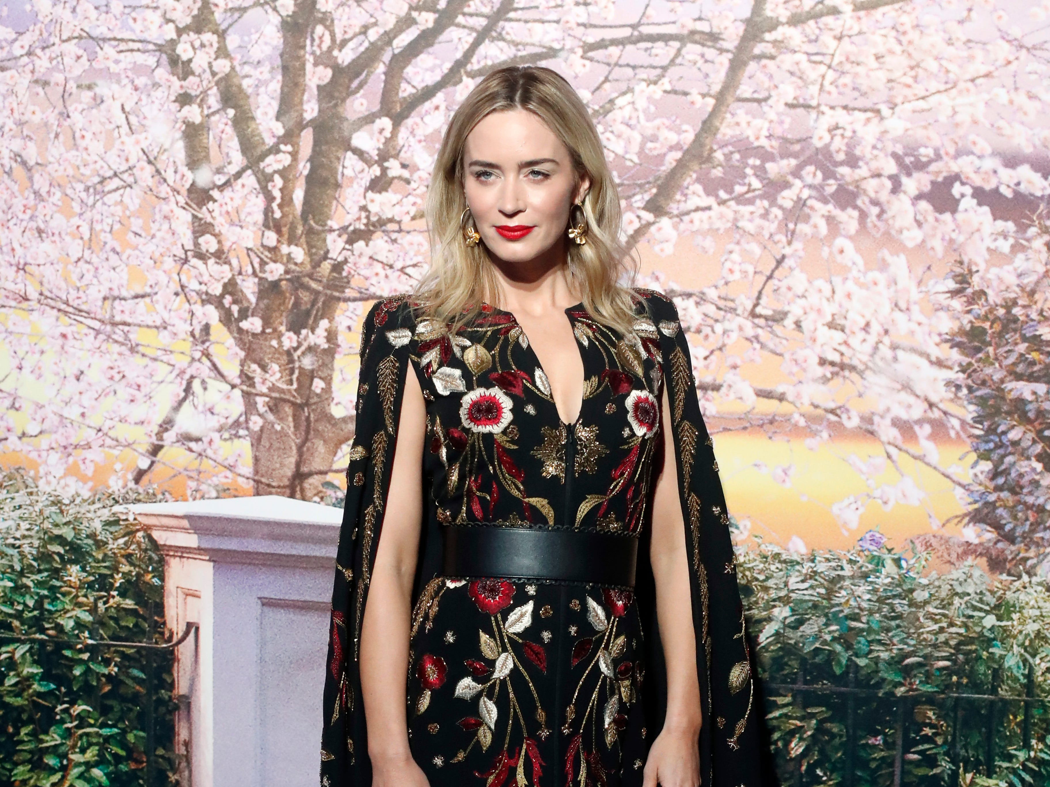 """British actress Emily Blunt poses for photographers during the photocall of the premiere of """"Mary Poppins Returns"""", in Paris, Monday, Dec.10, 2018. (AP Photo/Thibault Camus) ORG XMIT: XTC106"""