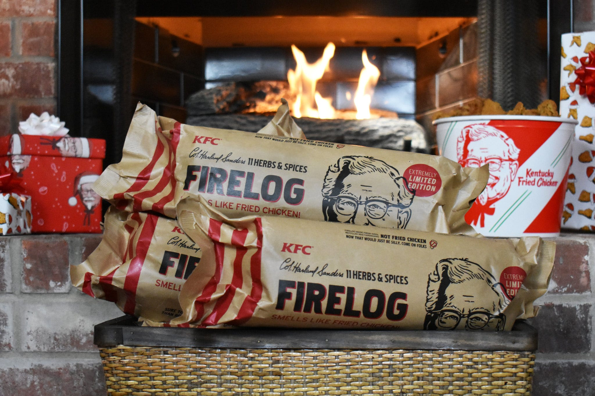 KFC FIRE LOG 11 HERBS AND SPICES ENVIROLOG KENTUCKY FRIED CHICKEN FIRELOG NEW!