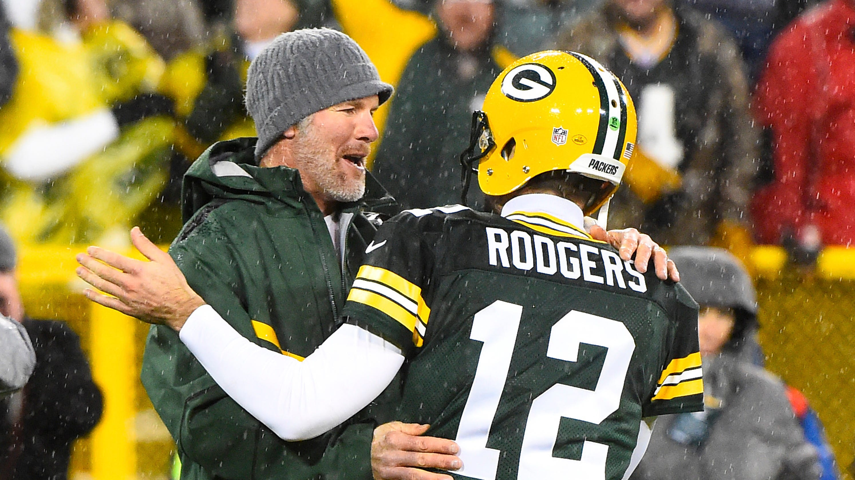 89a6183467d Brett Favre on coaching the Packers: Only 'intrigued' but 'never say never'