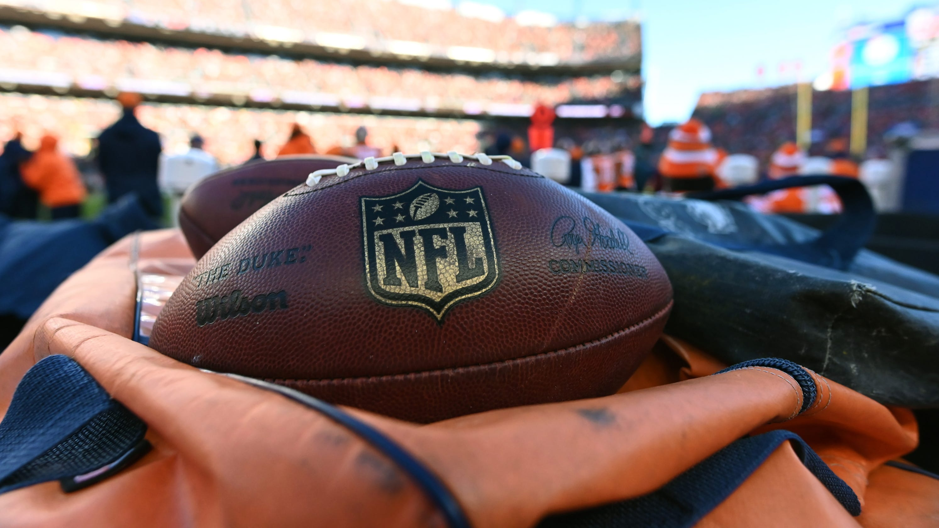8f6158d02dc NFL salary cap  League tweets expected increase for 2019 season
