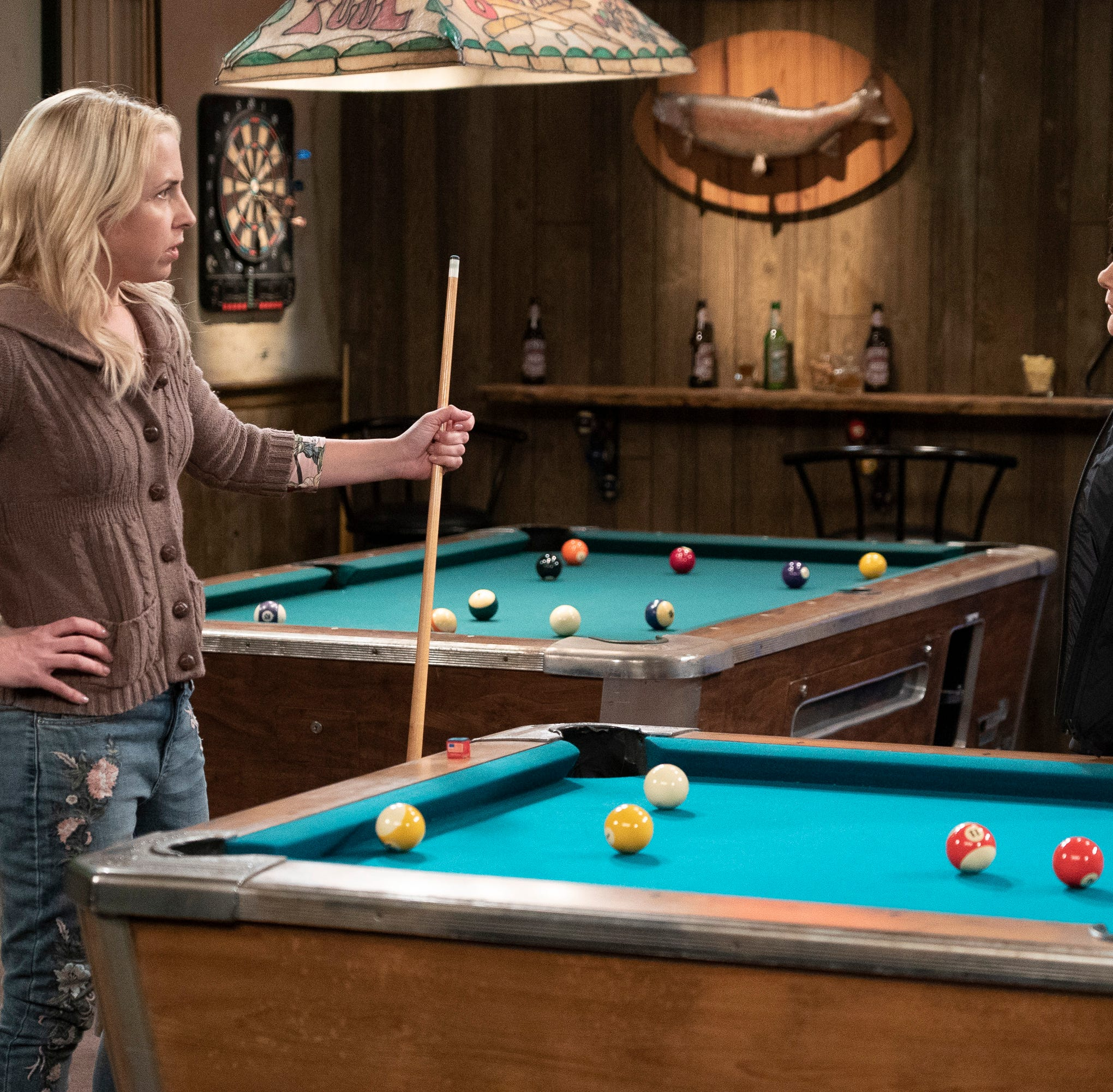Sisters Becky (Lecy Goranson), left, and Darlene (Sara Gilbert) have a confrontation in a pool hall in Tuesday's fall finale of ABC's 'The Conners.'