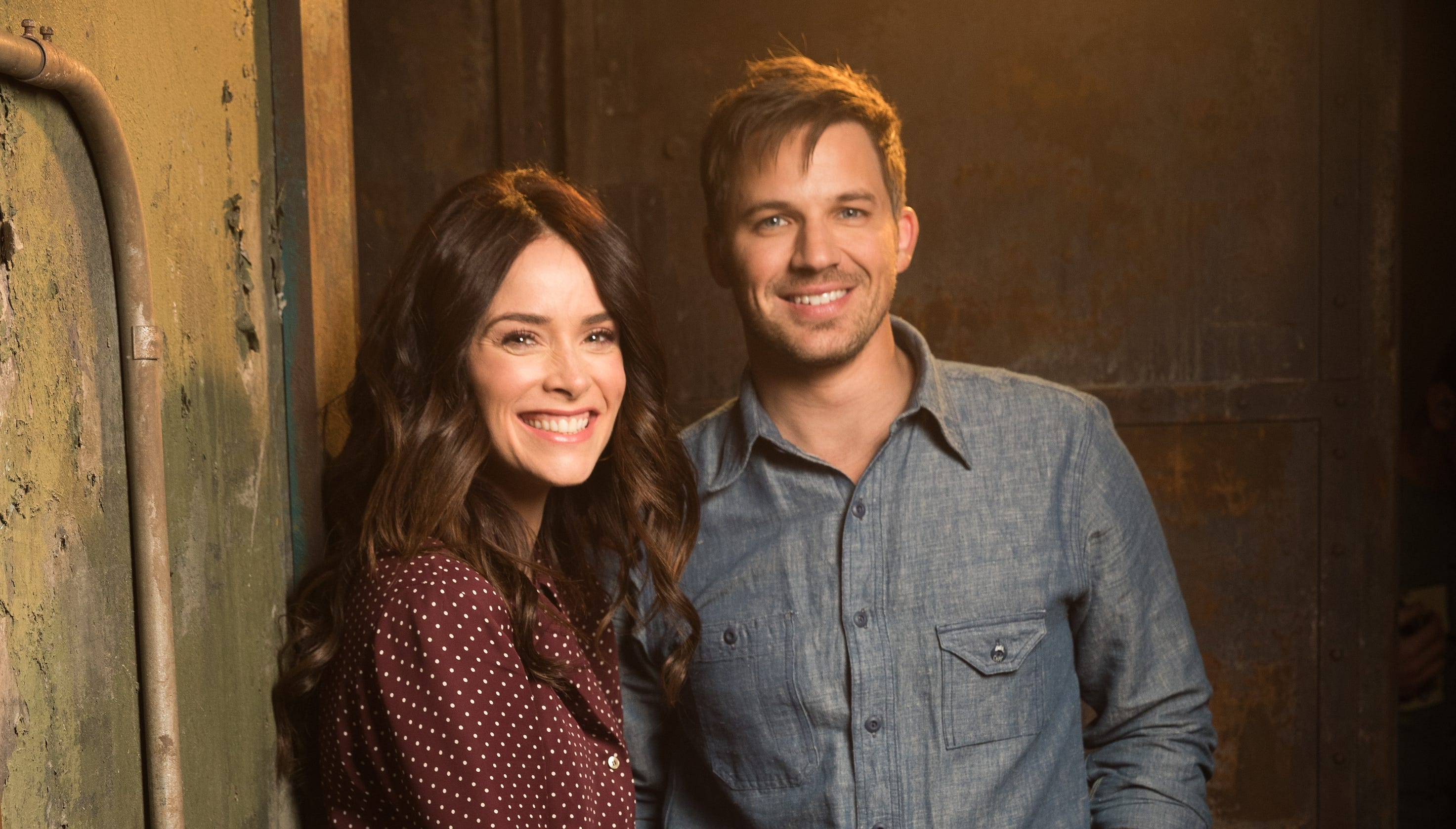 01800af52895 NBC's Timeless gets a two-hour finale to resolve cliffhangers