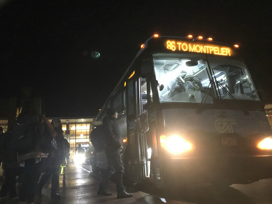 Bur20181126 Commuter Bus 11