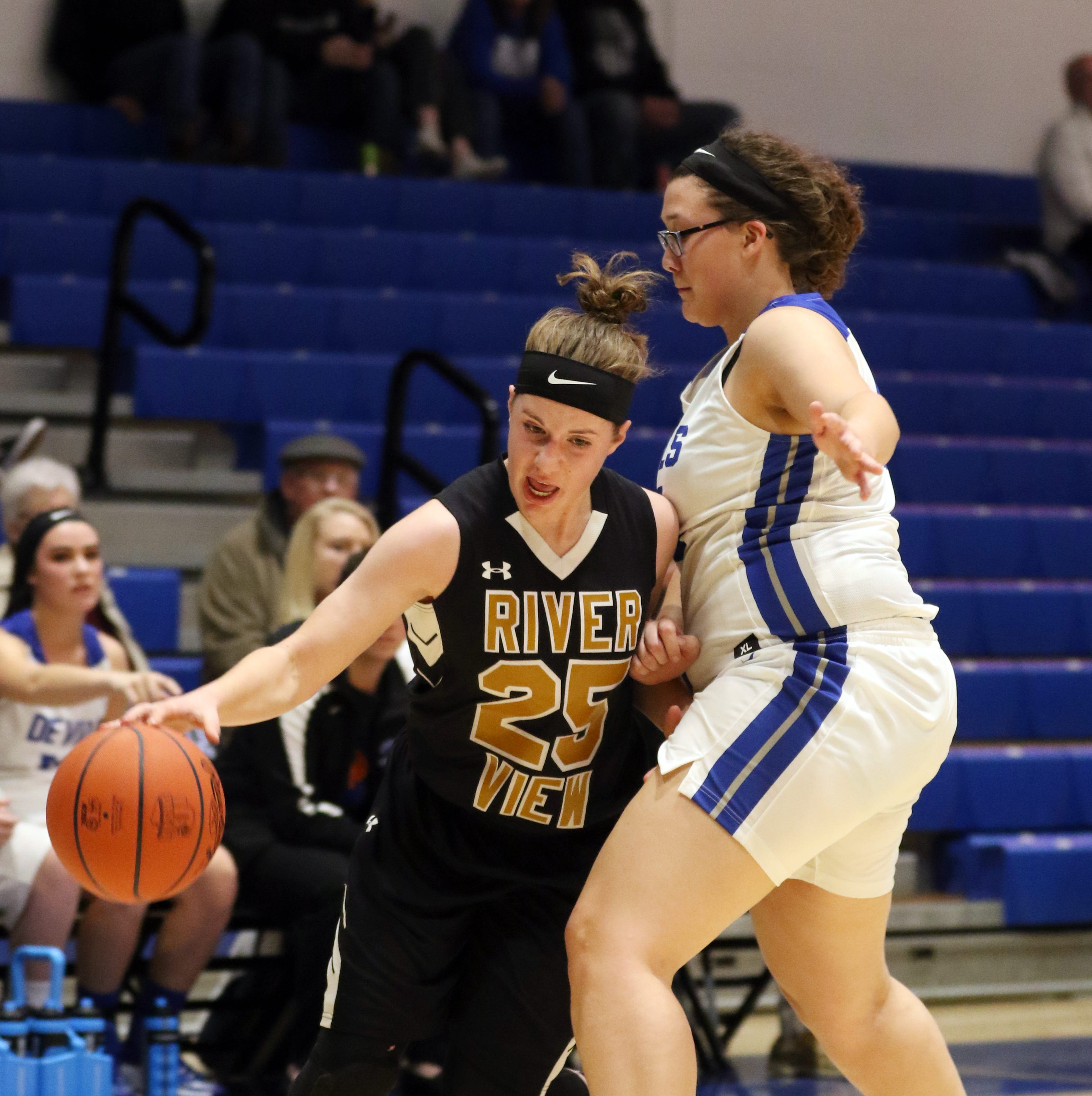 Lady Bears fend off Zanesville; Ridgewood nabs first win