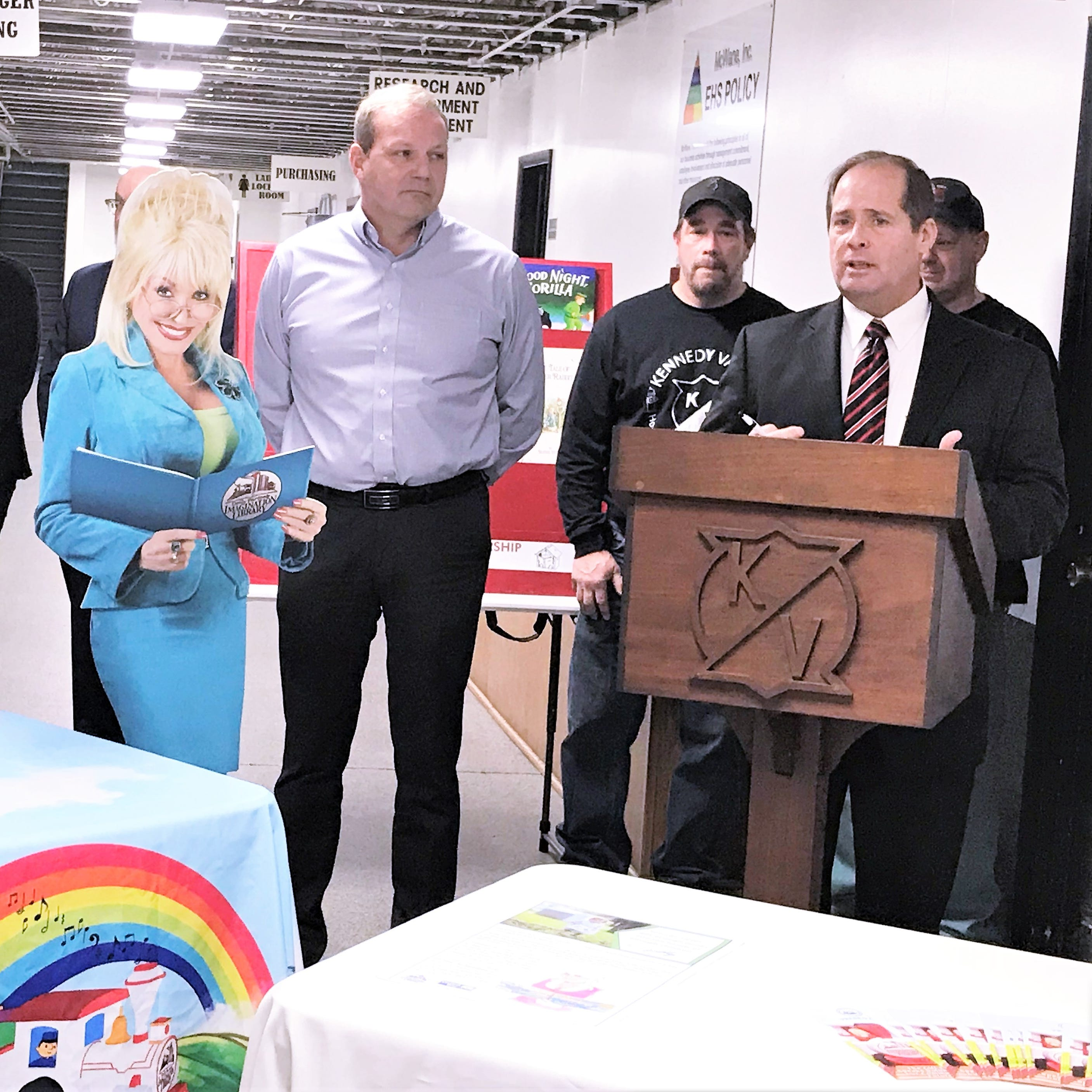 United Way brings Dolly Parton library to Southern Tier