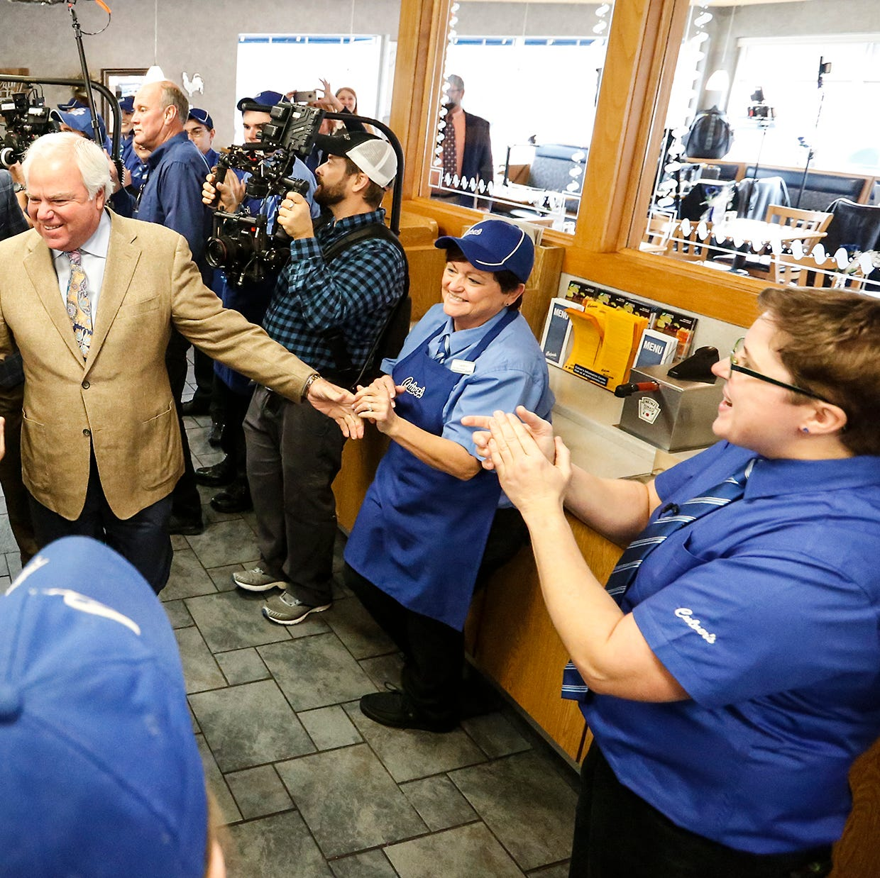 Culver's crew celebrates top five achievement with visit from Craig Culver, Joe Koss