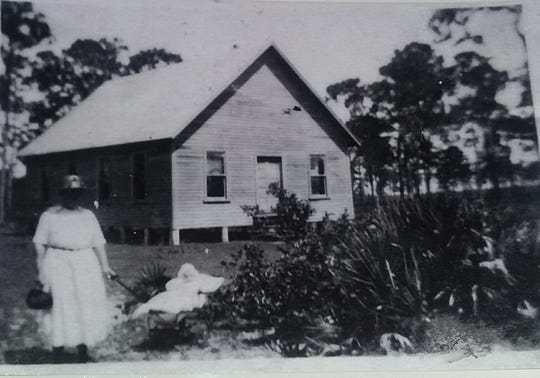 Jacob Daughtrey's house on his homestead in the area now known as North Fort Myers