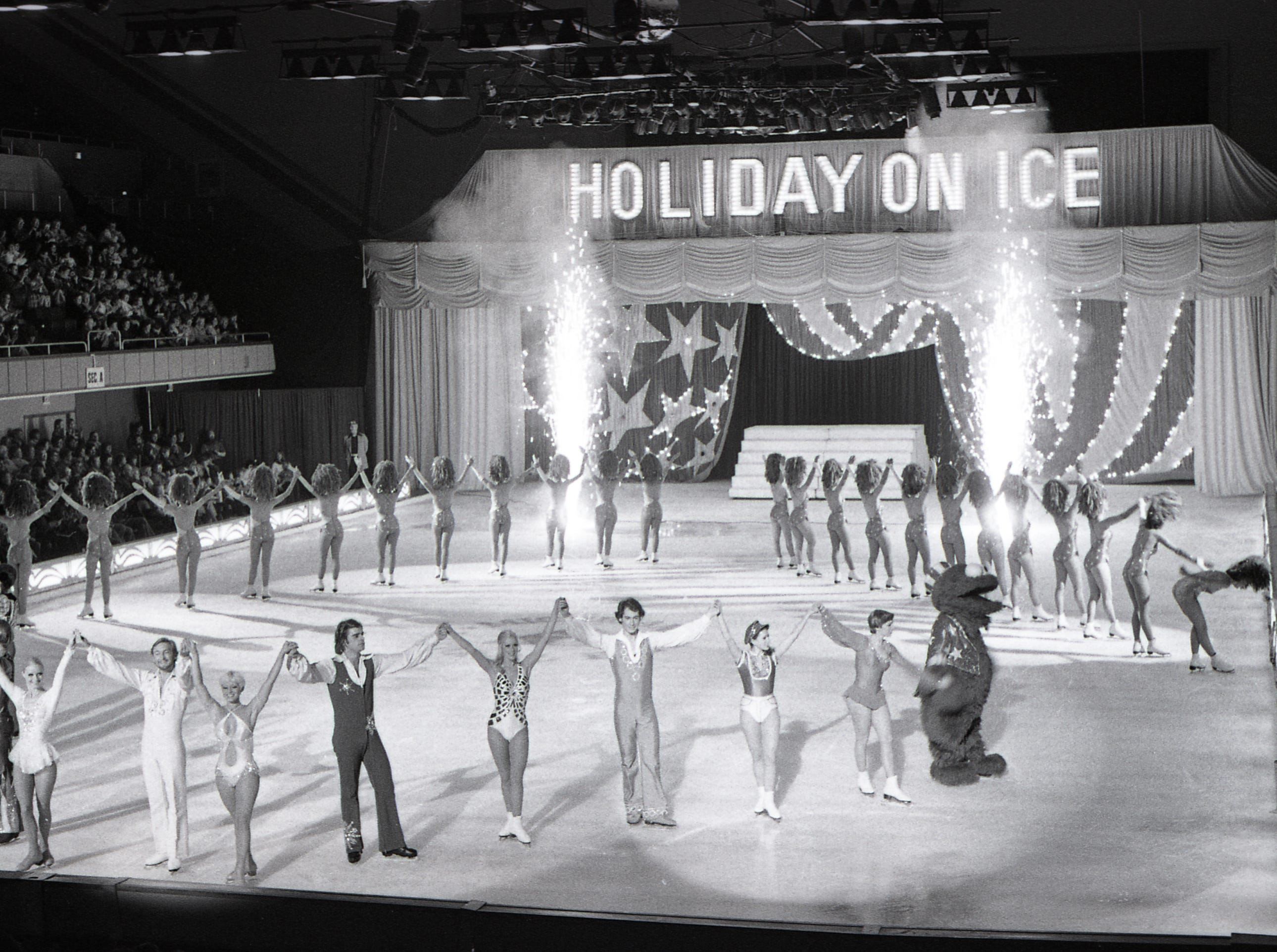 Holiday on Ice at Lansing Civic Center, Nov. 15, 1971.