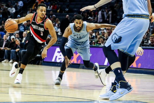 December 12 2018 - Portland's CJ McCollum drives with the ball during Wednesday night's game at the FedExForum.