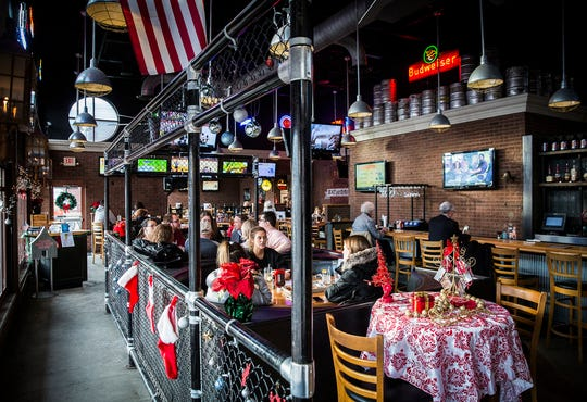 Scotty's Brewhouse, which opened its first restaurant in Muncie and was started by Yorktown graduate Scott Wise, has filed for Chapter 11 bankruptcy.