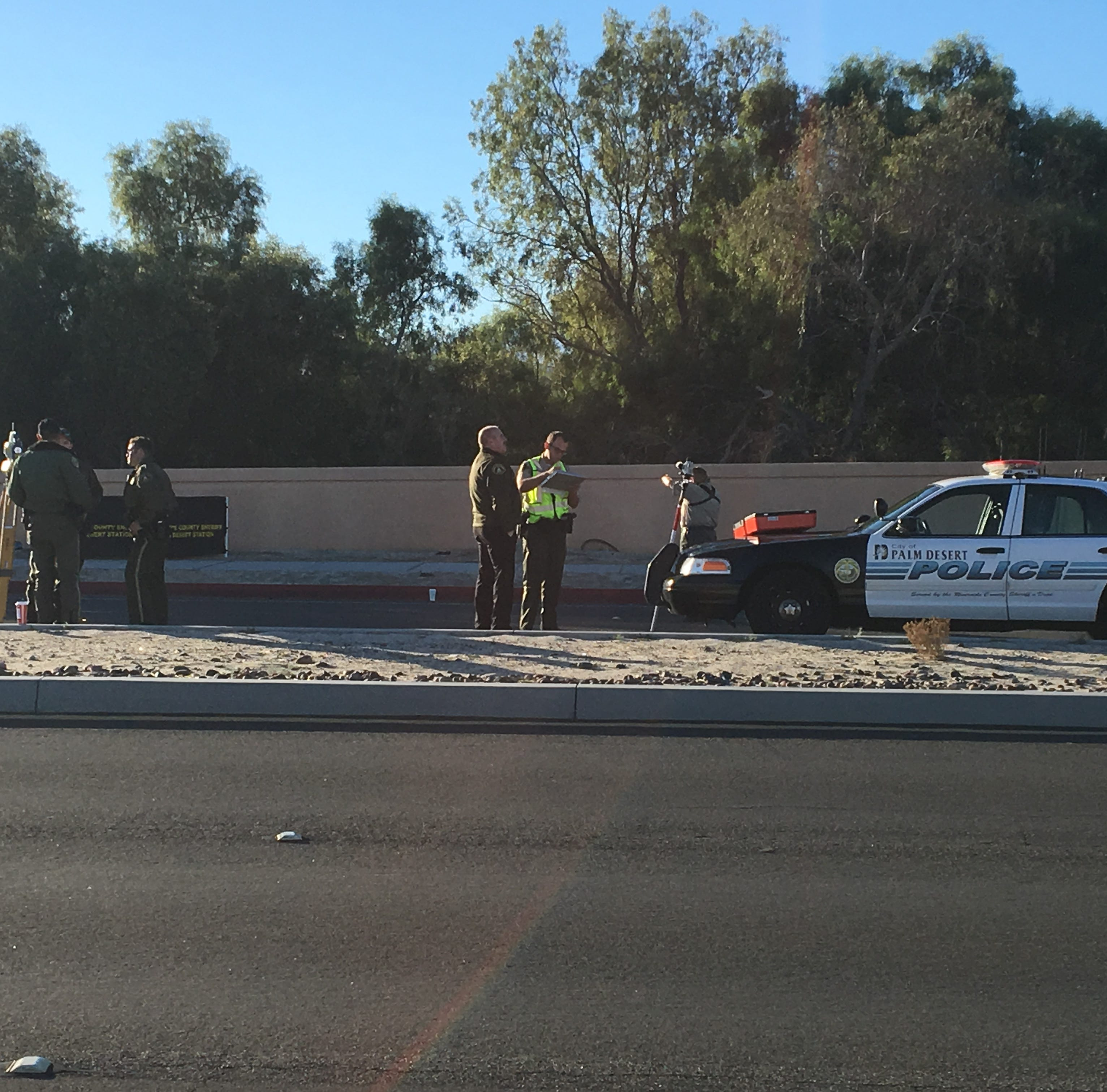 Rancho Mirage collision kills bicyclist, shuts down part of Ramon Road