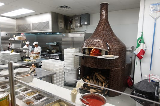 Mimi Forno Italiano Kitchen