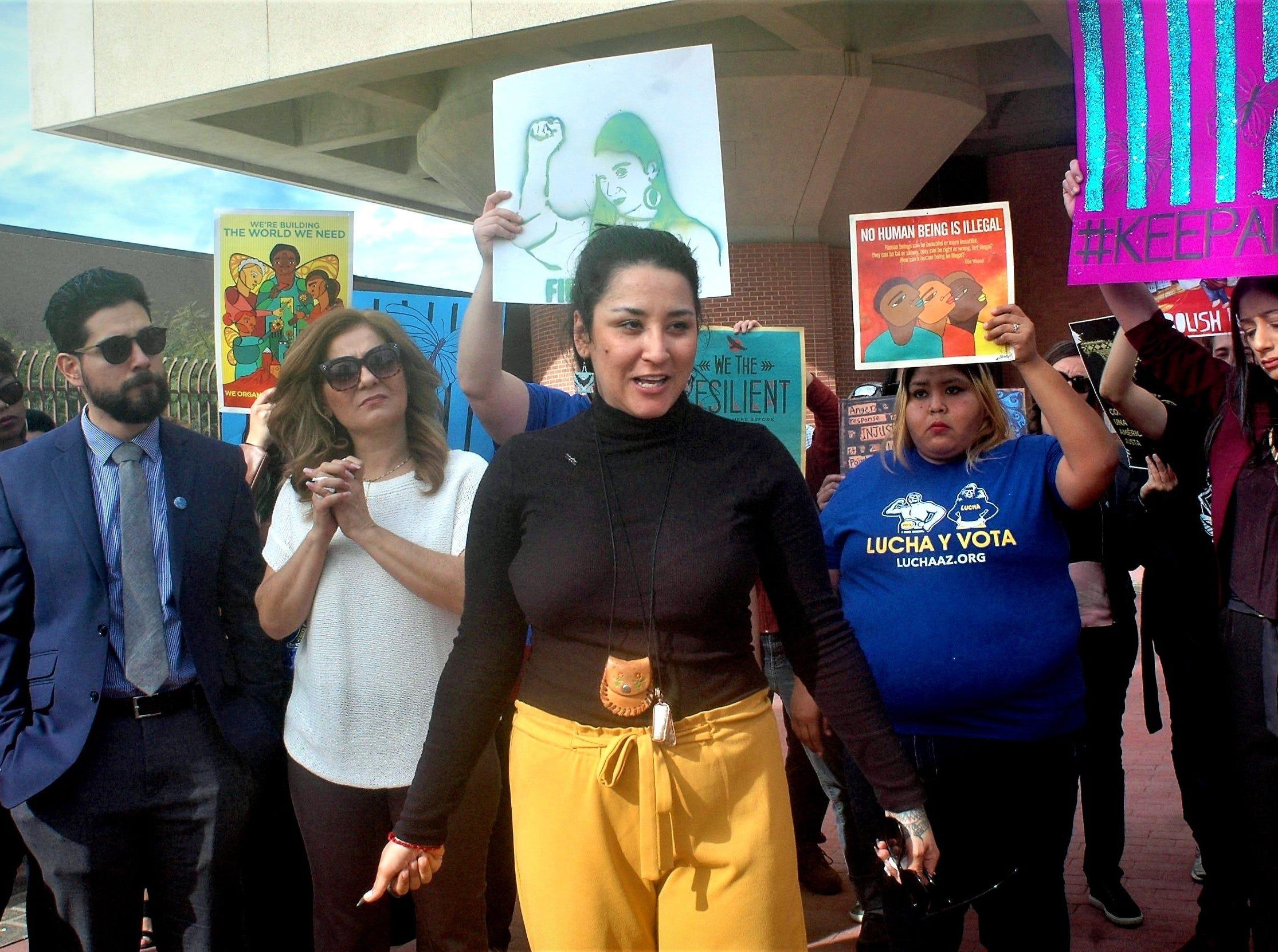 Un juez deArizonaordena la deportación de la activista Alejandra Pablos