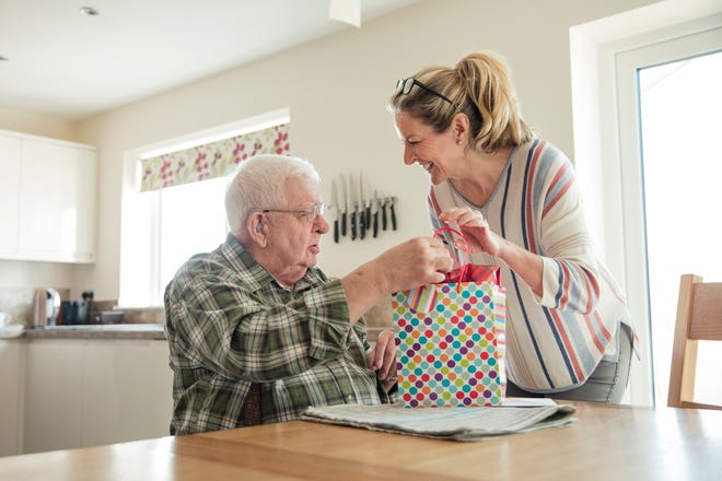 Thoughtful gifts for those who have dementia can help establish or reinforce meaningful connections.