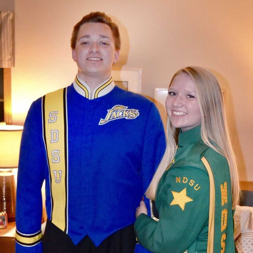 Banding together: Siblings won't let SDSU-NDSU rivalry stand in way of family