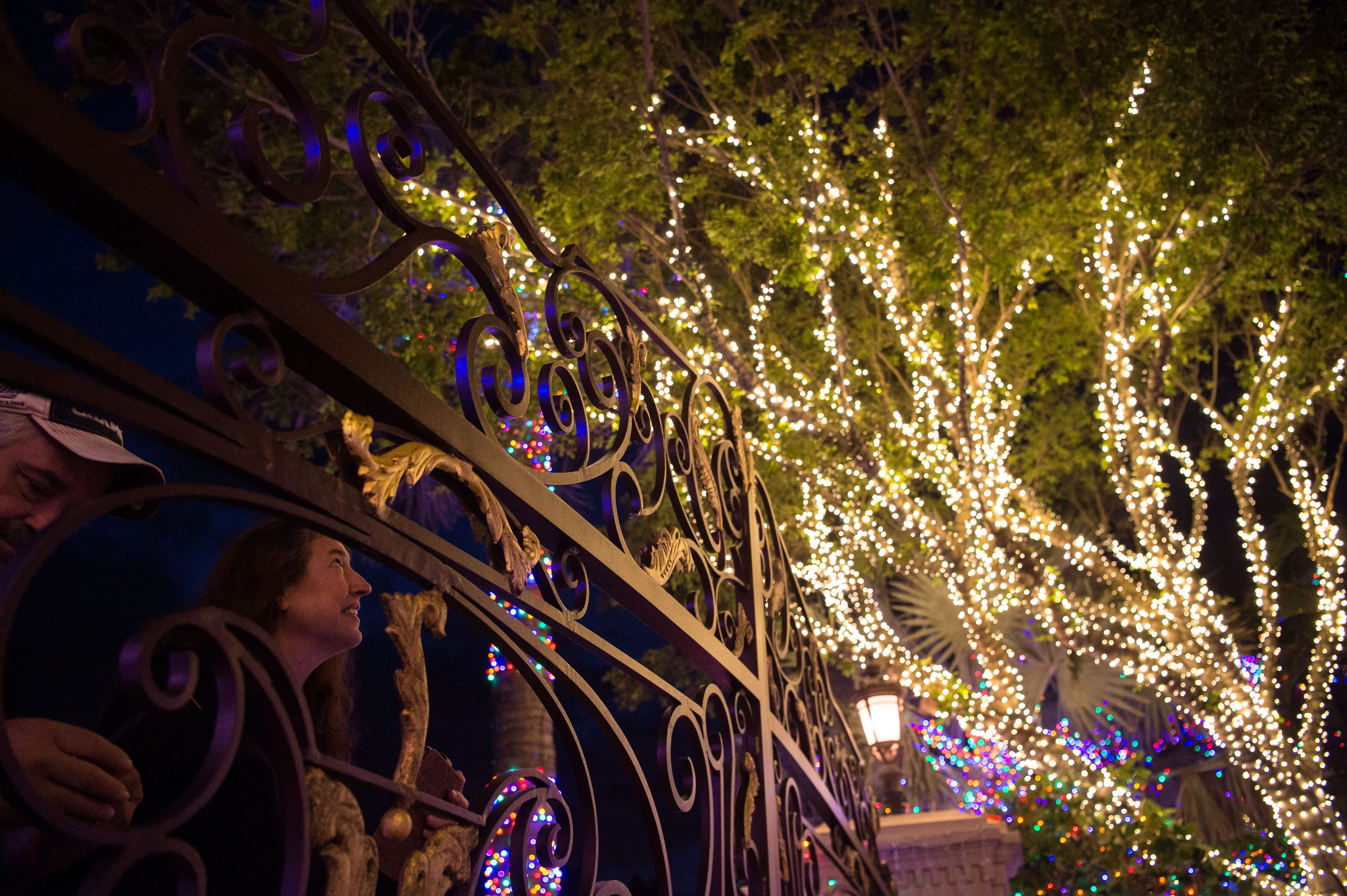 Best Places To See Christmas Lights Boynton Beach Fl 2021 New Christmas Lights Join Annual Displays To Brighten Holiday Season