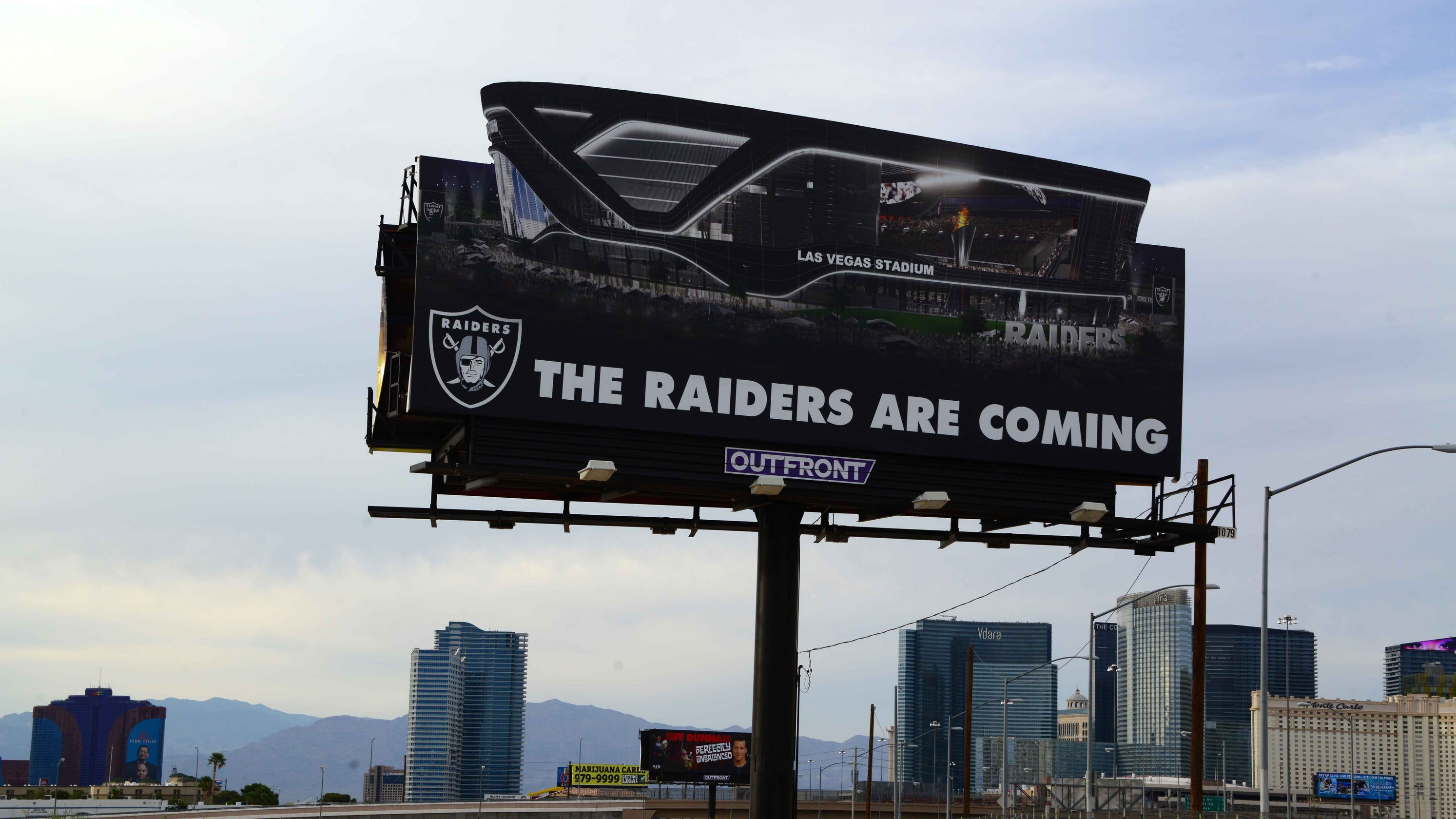 Oakland  Las Vegas  San Diego  Raiders keep options open for 2019 home e10bf6e66