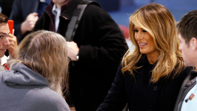 Melania Trump s noticeably lighter hair shocks 5aadebcd4