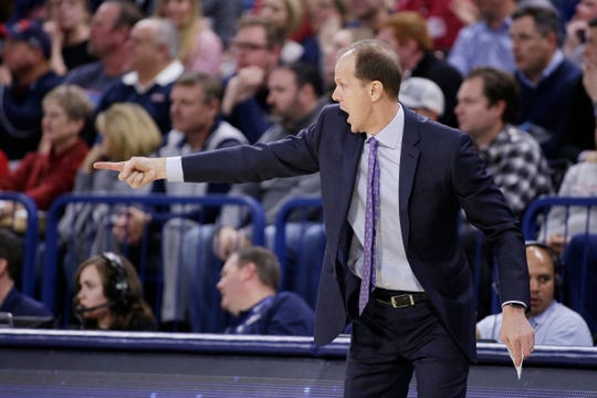 Washington coach Mike Hopkins says the Huskies need to learn how to finish close games.