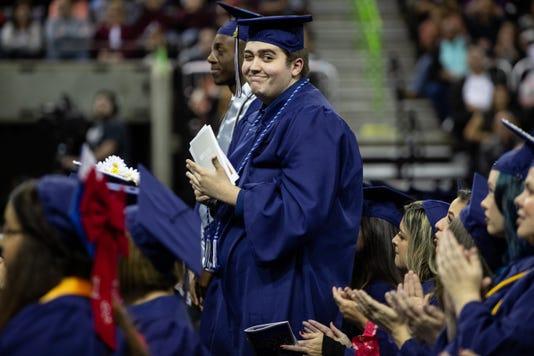 2226375002 Robstown Graduate 16